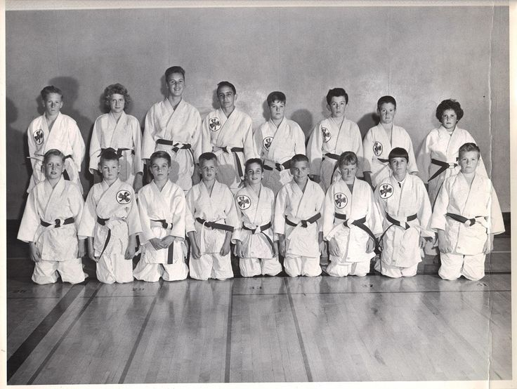 Cahill's Judo Acadmey. 1960 - front row: Shannon Mc Waide, Andrew Ellison, David Besry, Jeffery Diesch, Ronald Havens, Mark Lesron, Sharon Roberts, Mary Jeaneki, Aud Andrew.   Rear row: Terry RZoberts, Shawn Mc Waide, Wayne Pearson, ?, ?  I may have spelled some incorrectly. I tried to read back of photo for names.