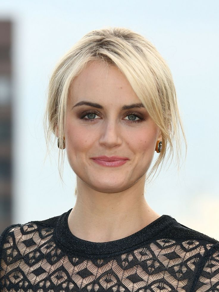 Taylor Schilling long side bangs
