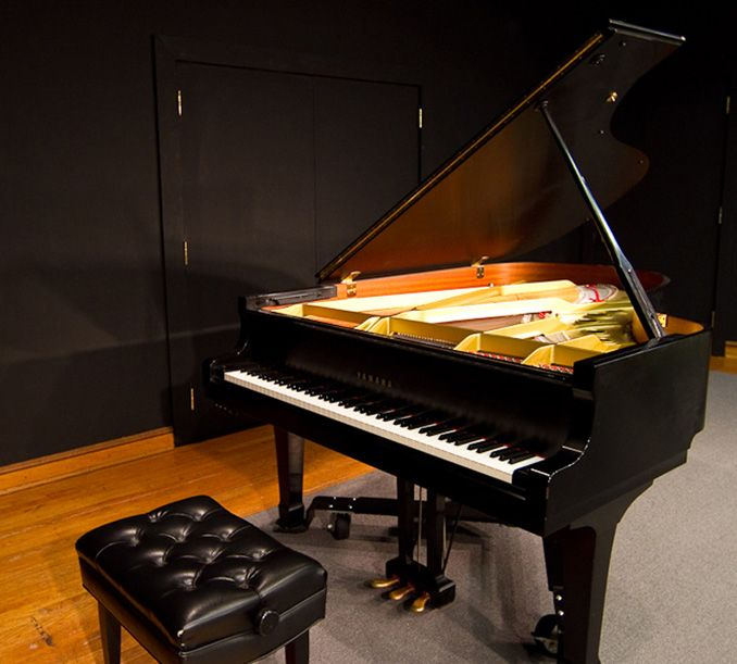 Yamaha Grand Piano – Visit Our Instruments – Pianos – Music ...