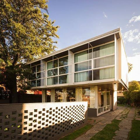 A Time Capsule in Adelaide. Robin Boyd's Walkey Residence. Discover it, click on the image.