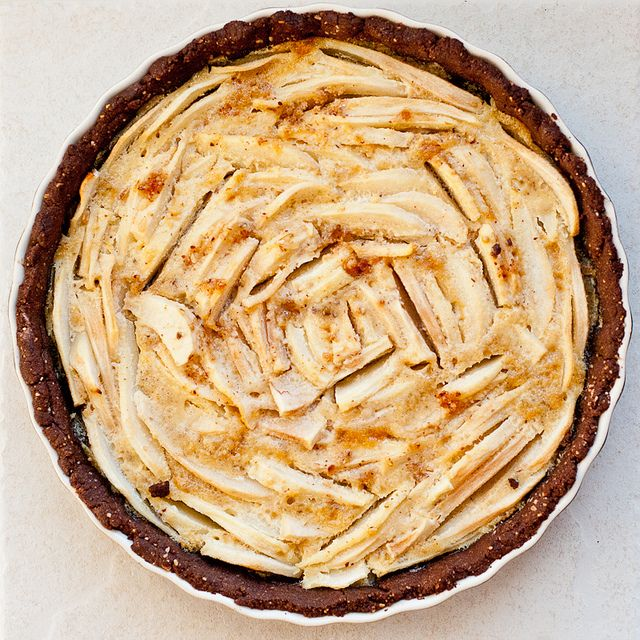 GF Chocolate, Pear, and Hazelnut Tart with Chocolate Almond Crust: Chocolates Hazelnut, Gluten Fre Thanksgiving, Hazelnut Tarts, Faveglutenfreerecipes Com, Chocolate Hazelnut, Gluten Free, Thanksgiving Desserts, Gluten Fre Pears, Tarts Recipes