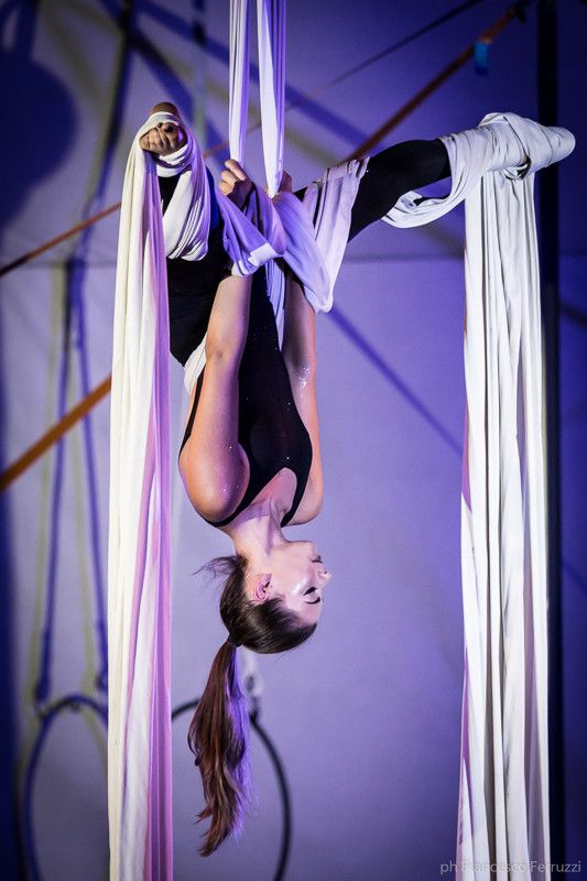 la #ginnastica aerea #saggio #circo #tessuti