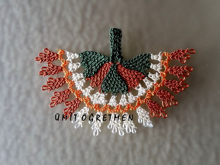 #iğneoyası  #needlelace #turkishlace #handmade #elişi #elemeği #göznuru  #needleknot #needleknit  #necklace #kolye