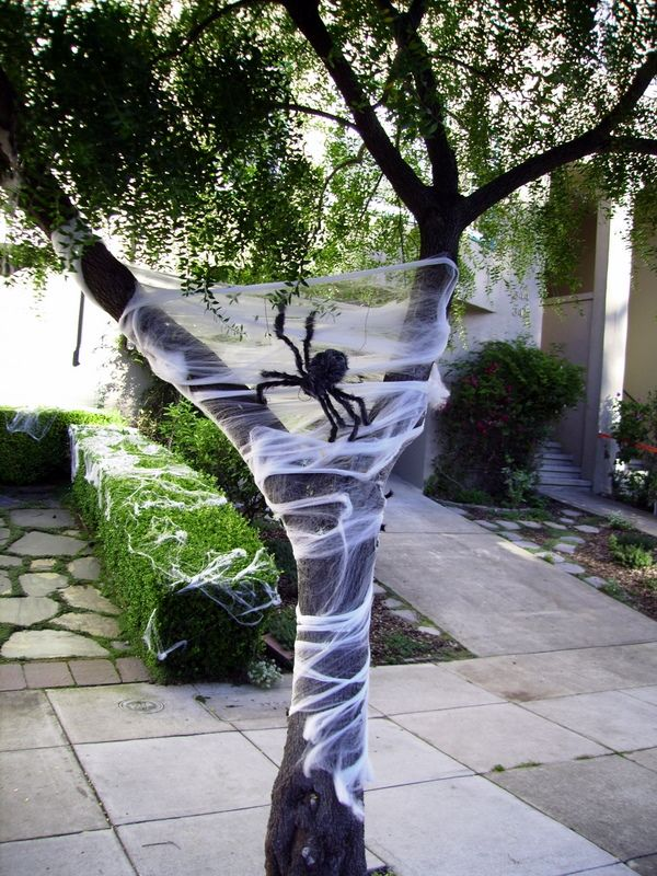 27 best Halloween images on Pinterest Halloween stuff, Halloween - how to make halloween decorations for yard