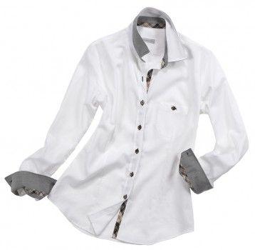 Camicia bianca con taschino laterale.   Seguici anche su                            www.redisrappresentanze.it