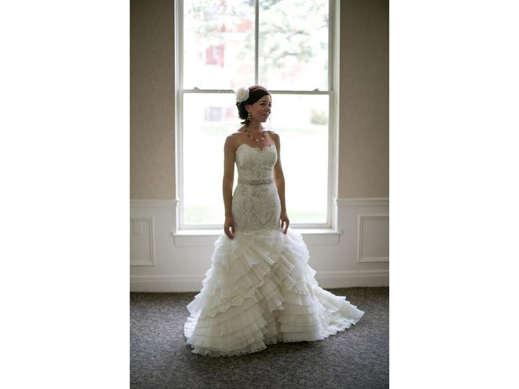 This Strapless Wedding Gown Has A Pretty Tiered Flare Skirt Custom Designs And Replicas
