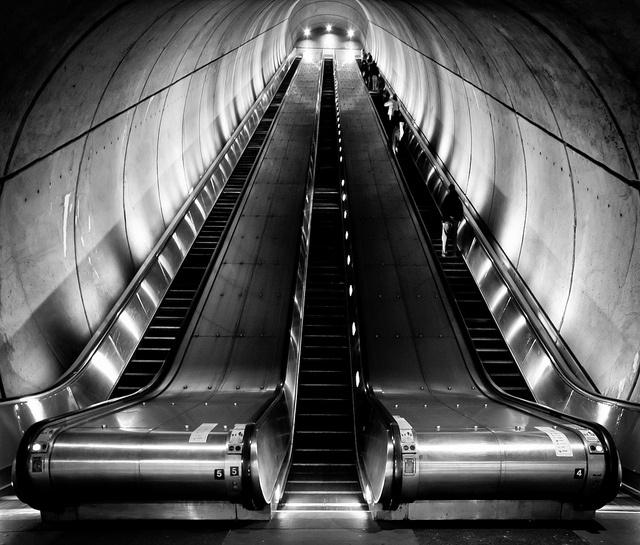 Metro - Woodley Park by Frank Austin Nothaft, via Flickr