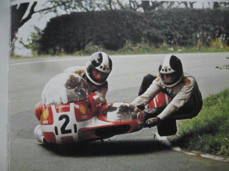 Sidecar Racing At The Isle Of Man Tt Racing Bikes Racing Racing Motorcycles
