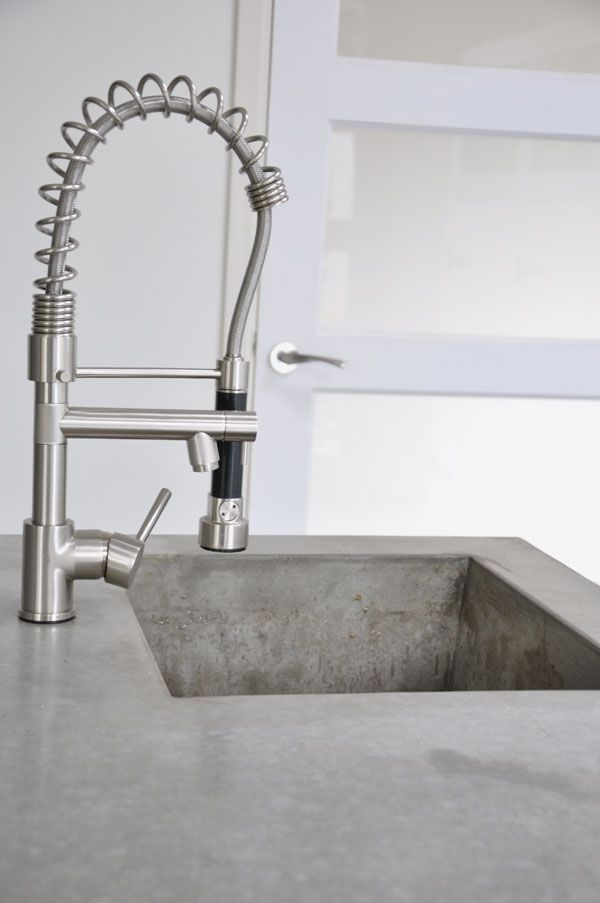 Concrete love - Love concrete in kitchen and that tap is heaven.