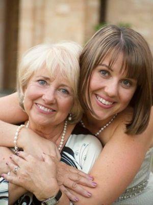 Mother / Daughter wedding photo
