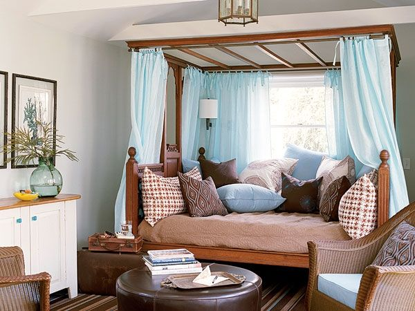 Blue & brown beach bedroomGuestroom, Beach Bedrooms, Guest Bedrooms, Bedrooms Design, Blue Bedrooms, Blue Curtains, Guest Rooms, Blue Guest, Bedrooms Decor