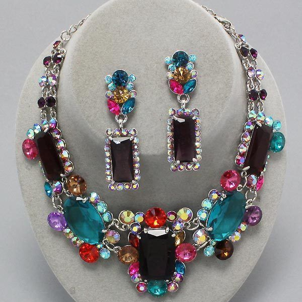 Vintage Style Rhinestones And Costume Jewelry On Pinterest