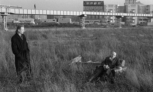 BERLIN 1987, 'Der Himmel über Berlin' von Wim Wenders am Potsdamer Platz