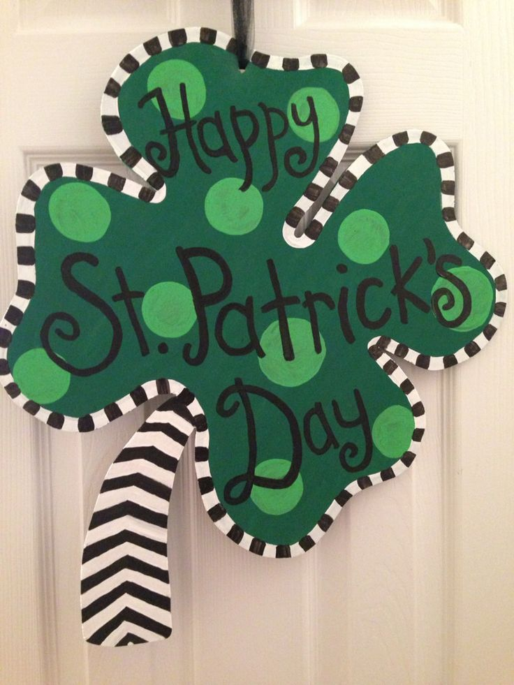 St. Patricks day wooden door hanger by Dixiecrafting on Etsy, $28.00