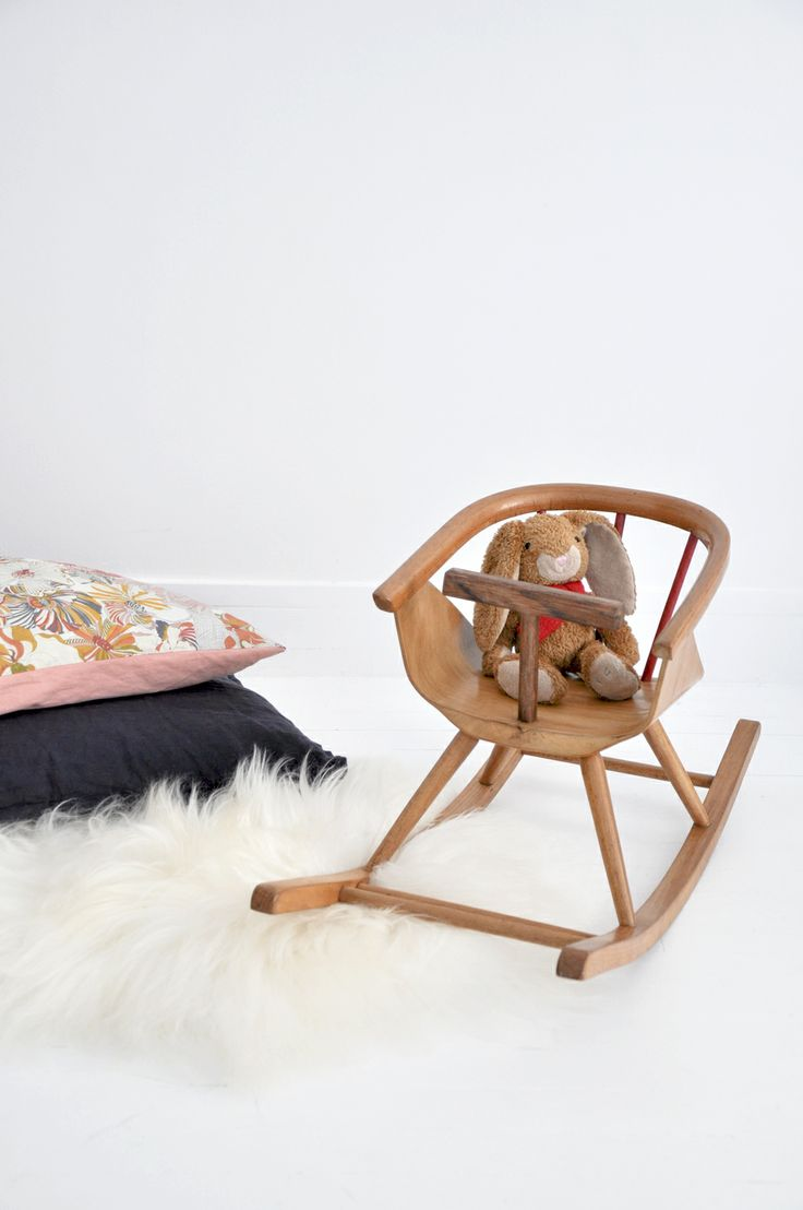 Schaukelstuhl swing insp eames rocking chair rar ahorn - Http Www Belordinaire Com Cheval A Bascule Chair Eamesbaby