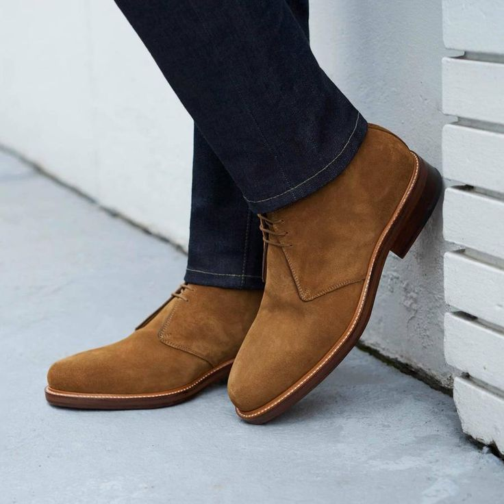 The Laval suede chukka boots are guaranteed to earn you more than a few compliments. With their simple and streamlined profile, the chukka has been a staple of