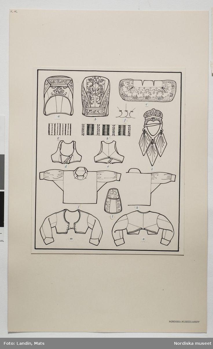 DigitaltMuseum - Helgdagsdräkt för gift kvinna, Häverö socken, Uppland. Teckning av Emelie von Walterstorff. (E.v.Walterstorff.)