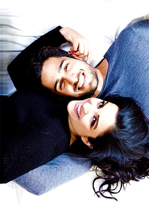 Sidharth Malhotra and Parineeti Chopra - I swear they get cuter every time I see them!