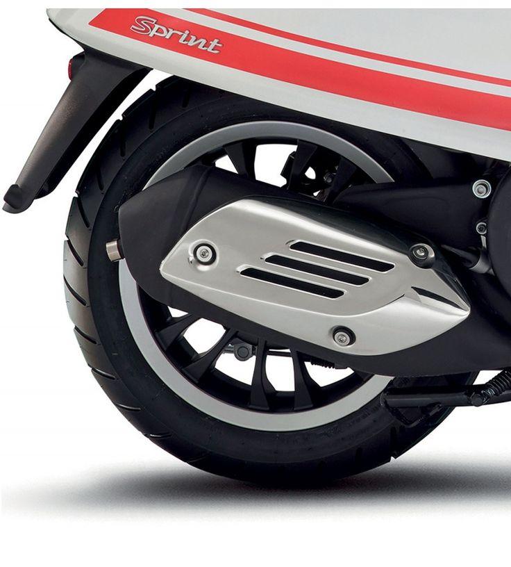 Vespa Sprint Black Wheel Rim (2T only)