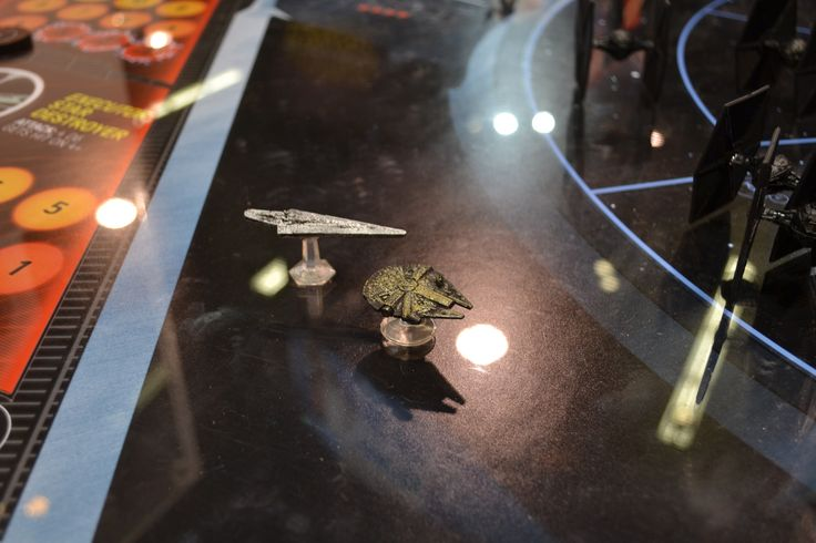 Looks like Hasbro is finally re-doing the Star Wars Queen's Gambit board game. It's not exactly the same - but similar.  Called Star Wars Risk it will deal with Return of the Jedi.