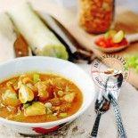 Lontong Kikil (Surabaya beef tendon soup with rice cakes)