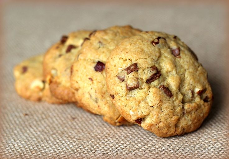 Hazelnut & Chocolate Chip Cookies