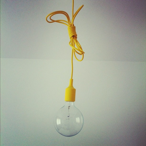 #e27 #yellow #pendant #lamp Pinned from #webstagram, photo by @Irene Trincado