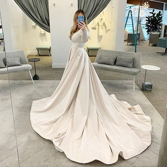 Wedding Dresses Ball Gown Simple Modest Wedding Dress With Long Sleeves Form Alta Moda Brida In 2020 Modest Wedding Dresses Modest Bridal Gowns Ball Gown Wedding Dress