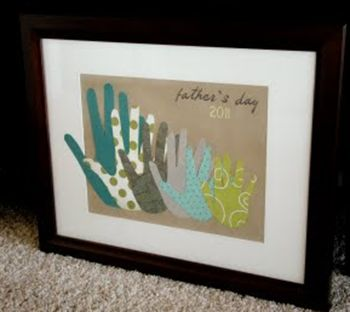 """{Father's Day} 10 Father's Day Crafts for Kids. I like this hands pic. It would be easy to do and instead of """"father's day"""" it would be cute with just last name put on it and the year"""