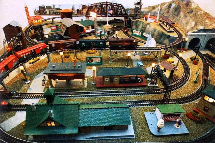 O Gauge Christmas Train Sets
