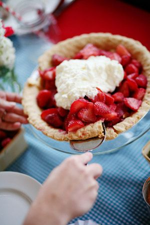 fresh strawberry pie! | Anna Hedges: Baking Sweet Snacks, Bryans Photography, Colors Theme, Fresh Strawberries, Strawberries Pies, Southern Wedding, American Pies, Delicious Sweet, Whipped Cream