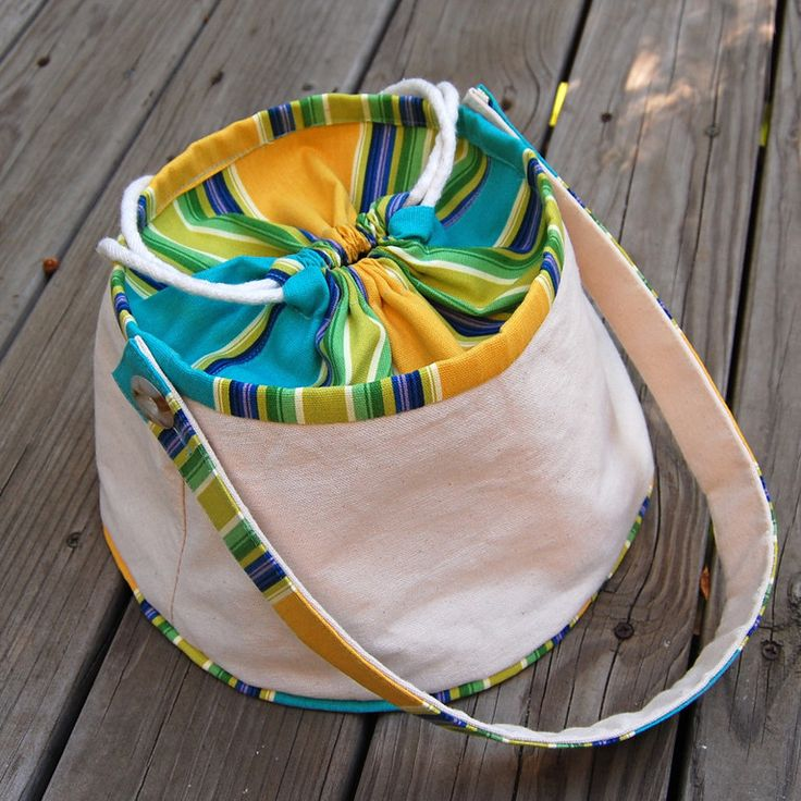 cute craft bag - she has lots of bag ideas