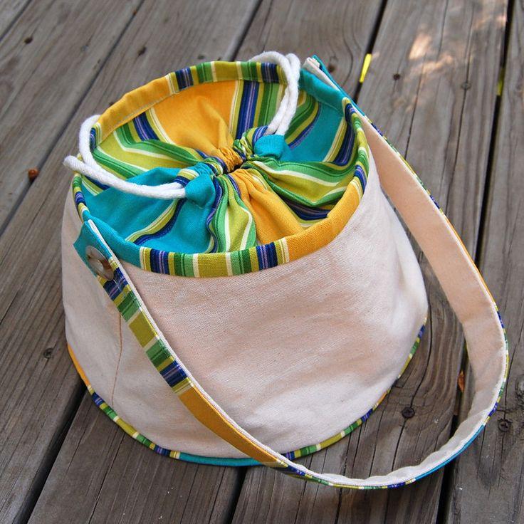 cute craft bag - she has lots of bag ideas
