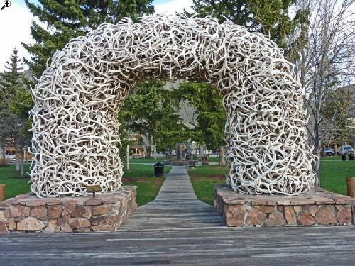 Roadside Attractions near Jackson Wyoming - elk horn arch