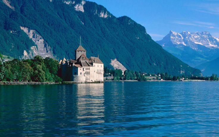 """In questo articolo vi propongo la seconda """"Tappa"""" del Grand Tour della Svizzera, come ben descritto dal sito web di Svizzera Turismo, qui riproposto con la descrizione dei posti e le attrazioni principali di ogni località, i luoghi di interesse, e la descrizione di tutto quanto c'è da vedere in ogni località con particolare attenzione alle attrattive per famiglie e bambini. Per la descrizione della prima tappa potete leggere: Grand Tour della Svizzera! Prima Tappa: da Lugano a Zermatt…"""