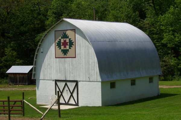 .: Barnsthey Call, Beauty Barns, Barns Galor, Delect Mountain, Barns Beauty, Barns Quilts Patterns, Pictures Perfect, Quilts Barns, Country Barns