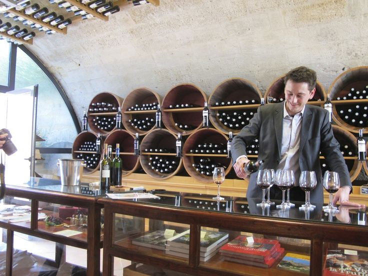 Rustic Vines - Wine tours, tastings and sightseeing in Bordeaux