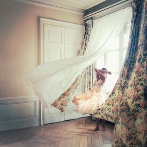 JULIE DE WAROQUIER ♦ Photographer - Ex-pressions