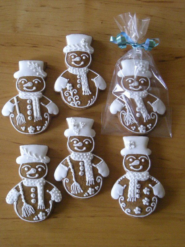 gingerbread snowmen ~ absolutely adorable!