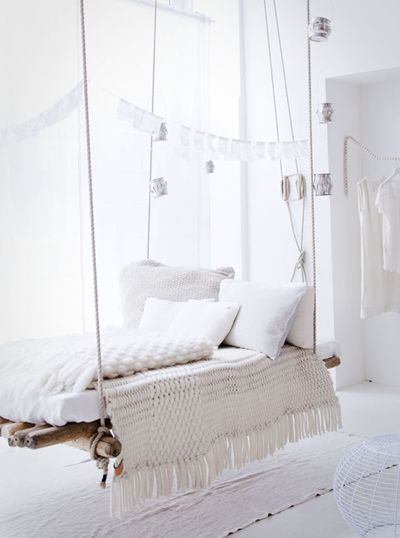 the hanging bed of my dreams...
