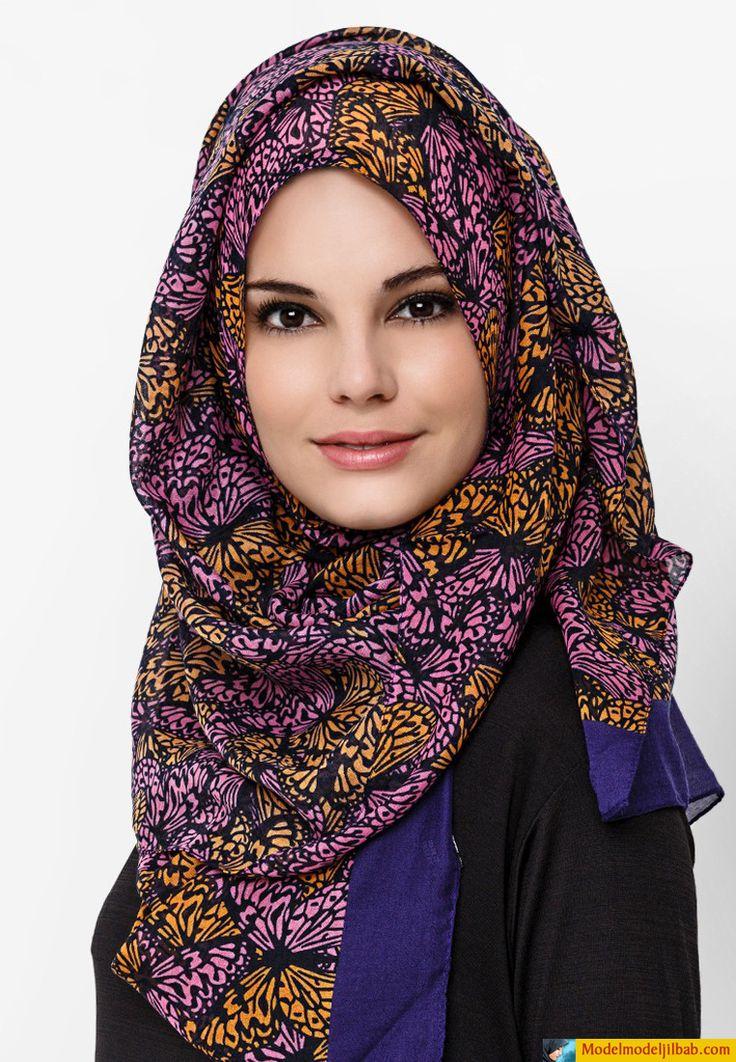 kerudung selendang motif violet