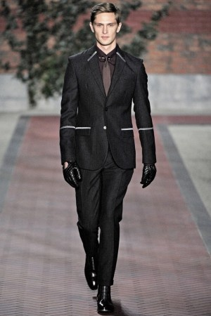 Tight suit by Tommy Hilfiger