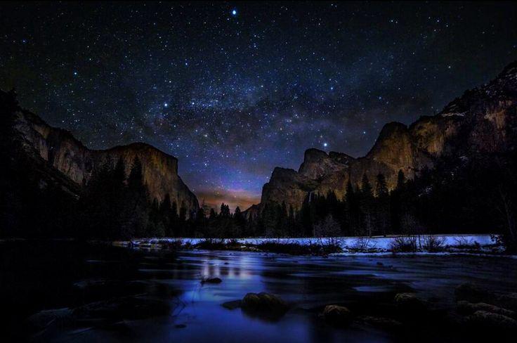 Milky Way at dawn, Yosemite Valley