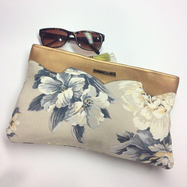 spring handbag - Esty loveSewing Room, Spring Handbags, Etsy Photos, Virtual Closets, Painting Fabrics, Spring Clutches