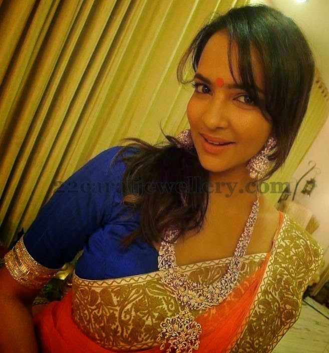 Jewellery Designs: Lakshmi Manchu Indian Diamond Jewellery