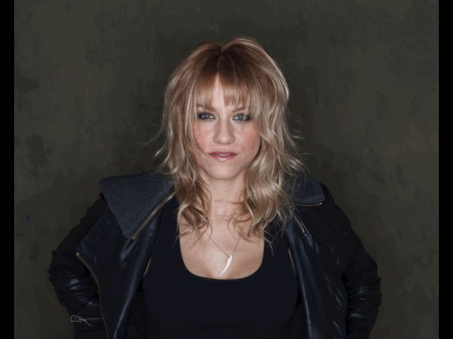 Recently I photographed True Blood's Brit Morgan, and with so many amazing images to choose from I decided to choose a few favorites and make an animated gif. That's the trend now right? Check out ...