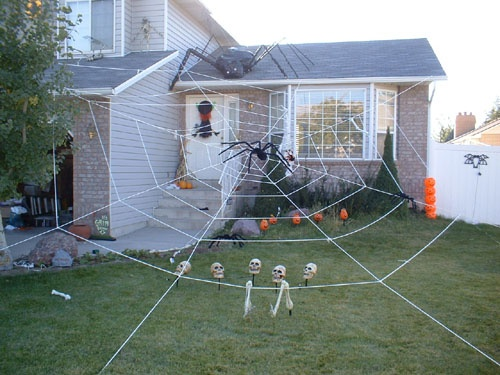 how to make a giant spider web decoration