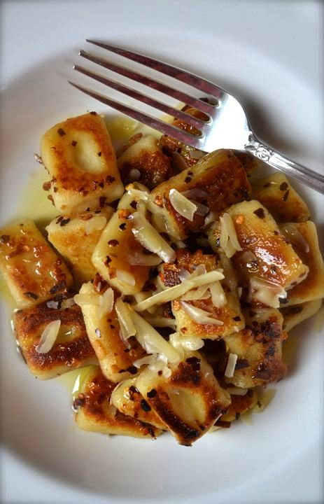 SPICY PARMESAN & GARLIC PAN-FRIED GNOCCHI [Italy] [ciaochowbambina] [parmigiano-reggiano, parmesan]