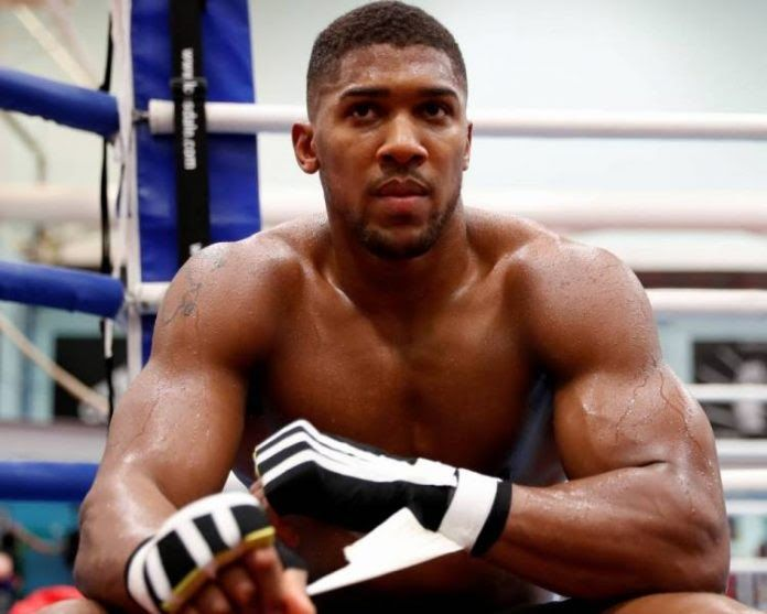 http://ift.tt/2FkrN8g http://ift.tt/2FkrMBe  Anthony Joshua set for heavyweight showdown with Joseph Parker.  Joseph Parker is expected to be in London on Thursday to confirm his heavyweight unification clash with Anthony Joshua Sportsmail can reveal. His promoter David Higgins flew to England yesterday to wrap up the final details of the bout which is likely to be on March 31. Negotiations for the showdown have been drawn out but are extremely close to a conclusion with WBO champion Parker…