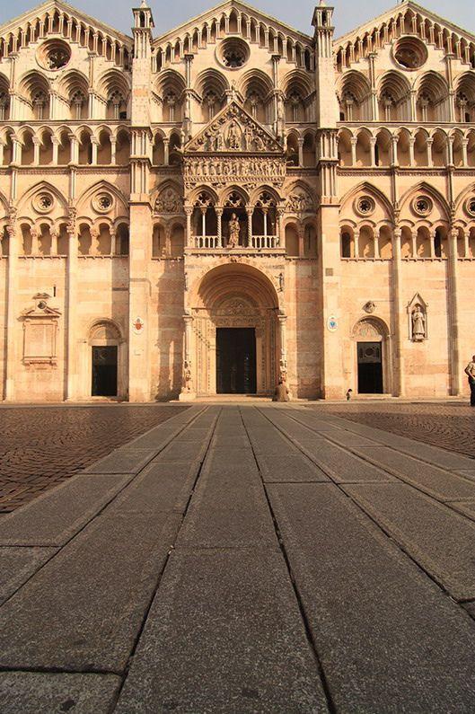 Cattedrale di San Giorgio Martire (Ferrara) | by ionut iordache